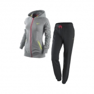 Tracksuit for Women Manufacturers in Noida